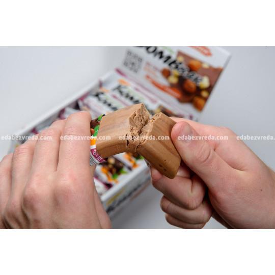 Батончик протеиновый BOMBBAR Шоколад с фундуком, 60 г